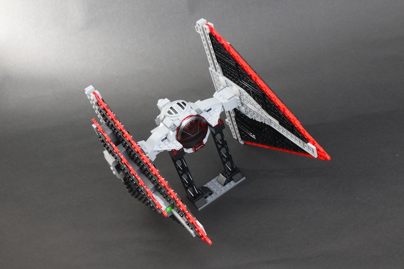 LEGO Star Wars 75272 Sith TIE Fighter Review 16