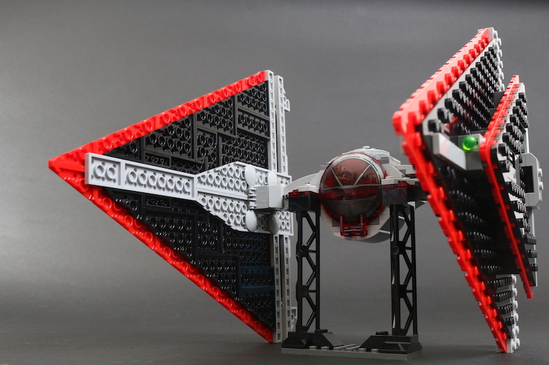 LEGO Star Wars 75272 Sith TIE Fighter Review 27