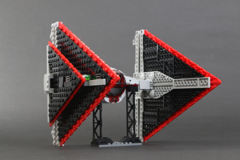 LEGO Star Wars 75272 Sith TIE Fighter Review 9