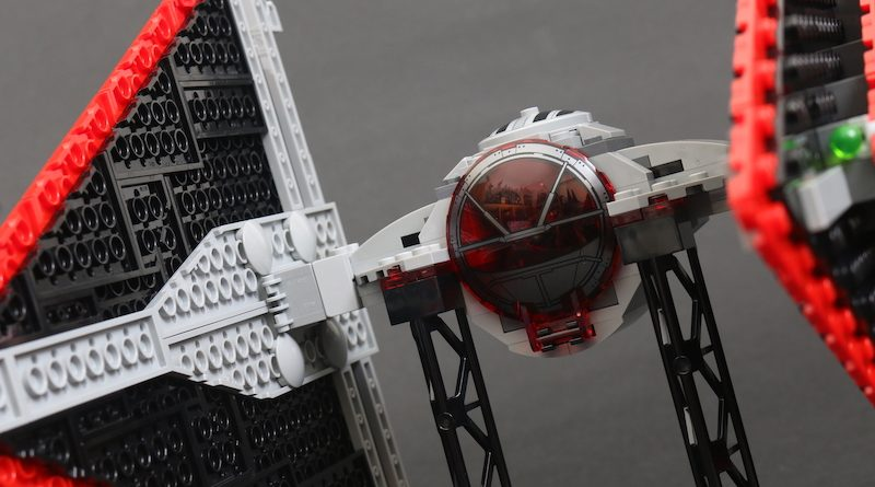 LEGO Star Wars 75272 Sith TIE Fighter Review Title 1 800x445