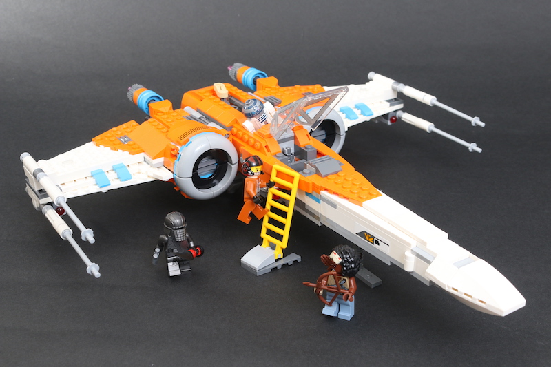 LEGO Star Wars 75273 Poe Dameron's X Wing Fighter Review 11