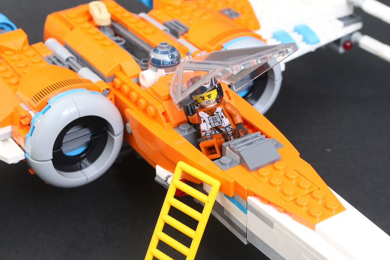 LEGO Star Wars 75273 Poe Dameron's X Wing Fighter Review 12