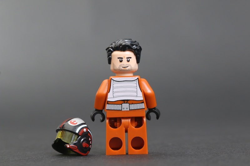 LEGO Star Wars 75273 Poe Dameron's X Wing Fighter Review 7