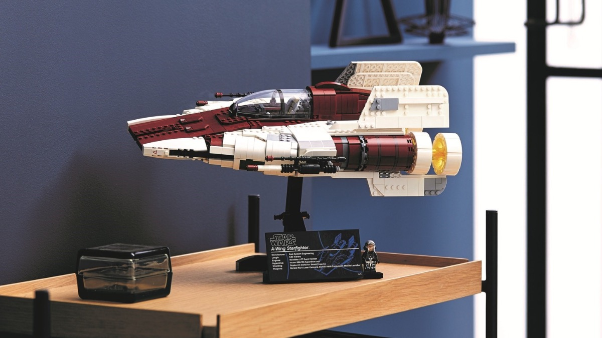 LEGO Star Wars 75275 A Wing Starfighter Featured