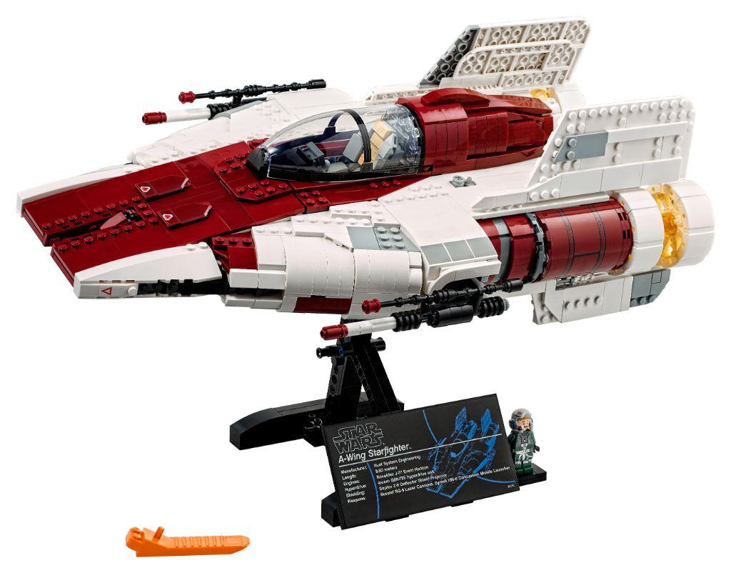 LEGO Star Wars 75275 UCS A Wing 22