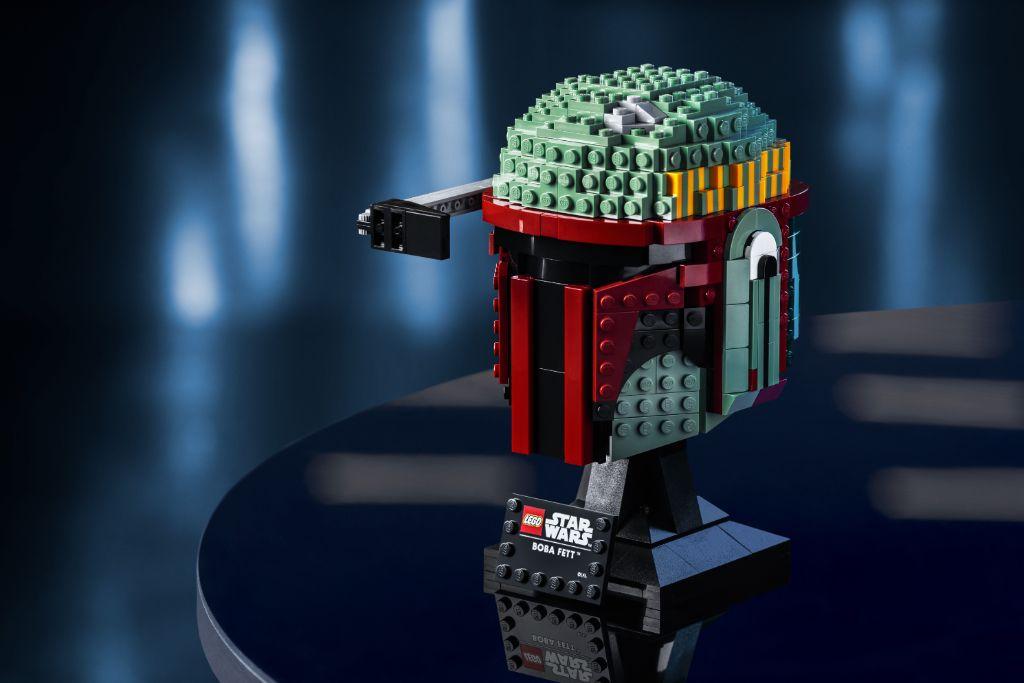 LEGO Star Wars 75277 Boba Fett Helmet 2