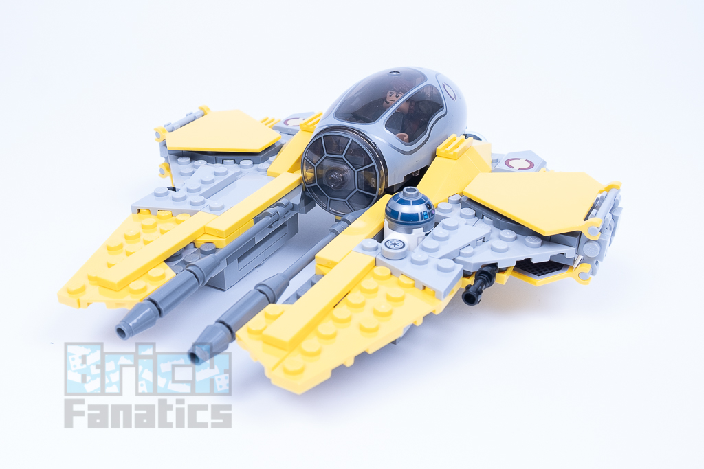 LEGO Star Wars 75281 Anakins Jedi Interceptor A 2
