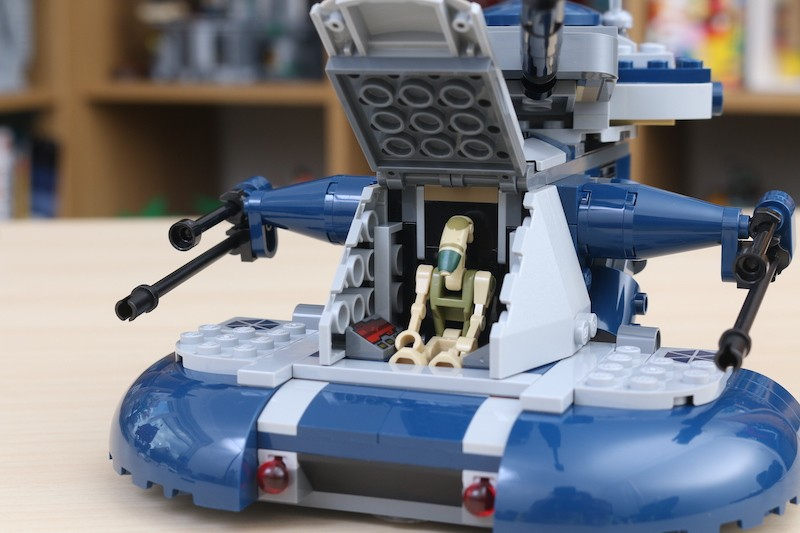 LEGO Star Wars 75283 Armored Assault Tank Review 5