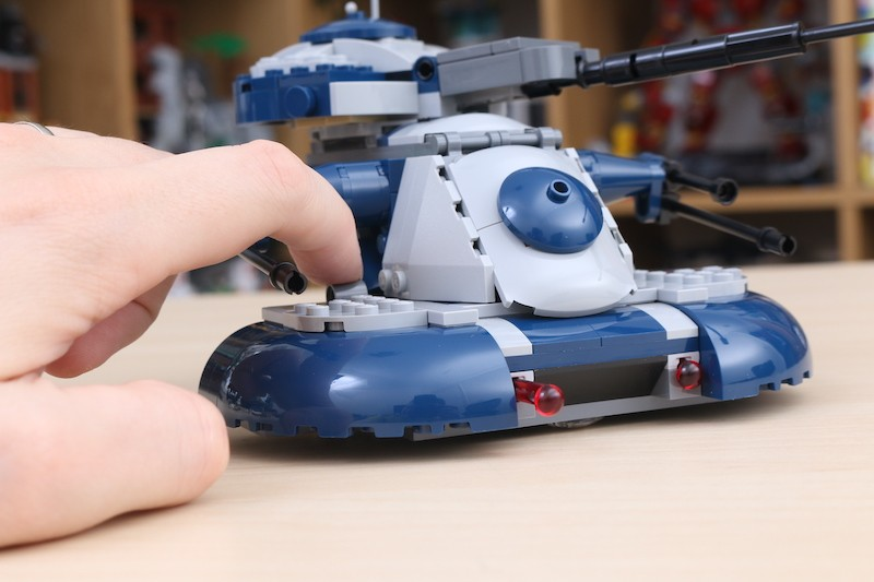 LEGO Star Wars 75283 Armored Assault Tank Review 7