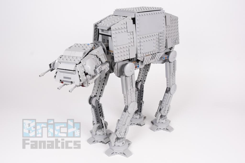 LEGO Star Wars 75288 AT AT 12