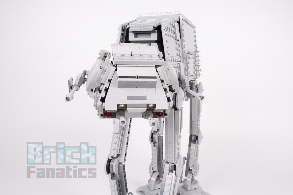 LEGO Star Wars 75288 AT AT 14