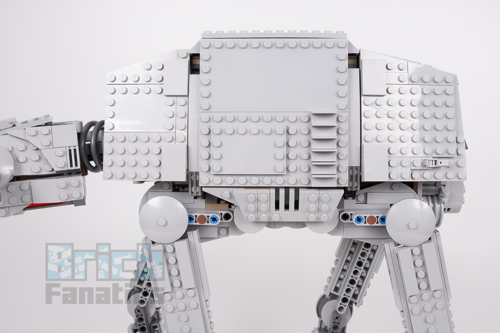 LEGO Star Wars 75288 AT AT 16