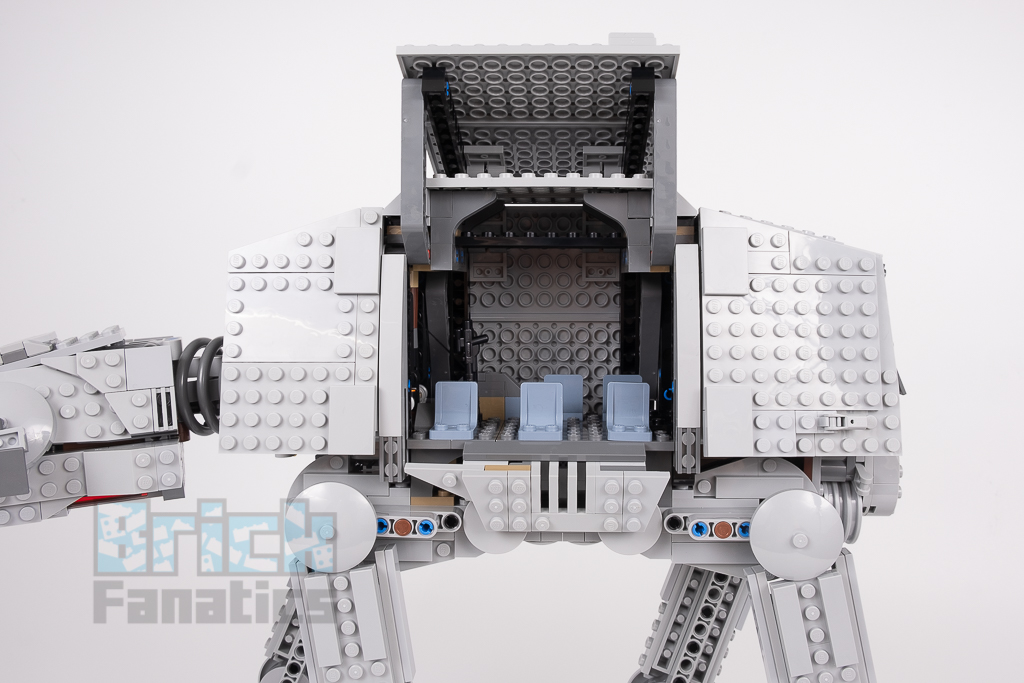LEGO Star Wars 75288 AT AT 17