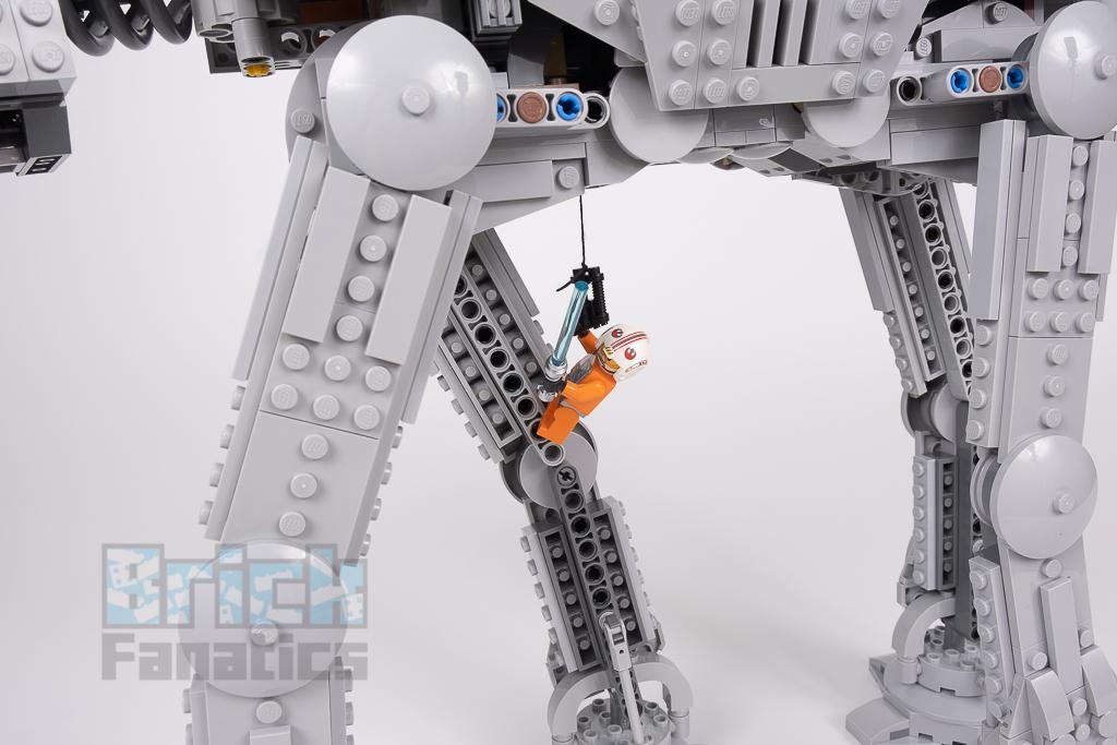 LEGO Star Wars 75288 AT AT 22