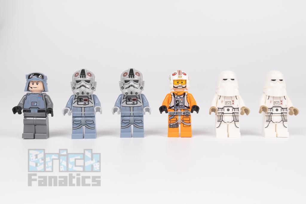 LEGO Star Wars 75288 AT AT 24
