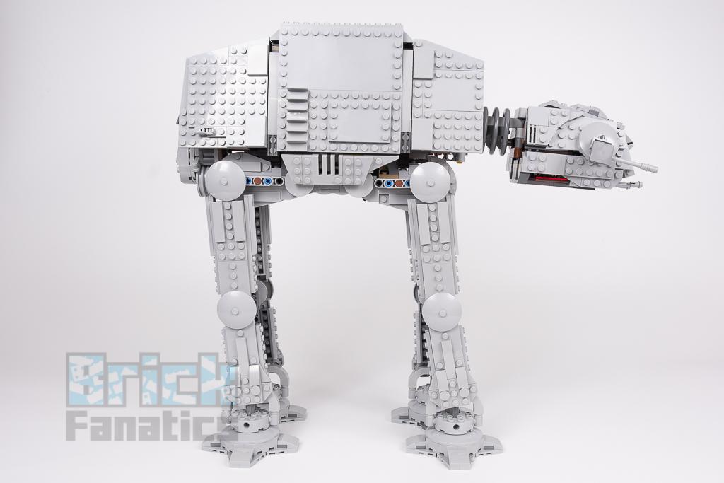 LEGO Star Wars 75288 AT AT 6