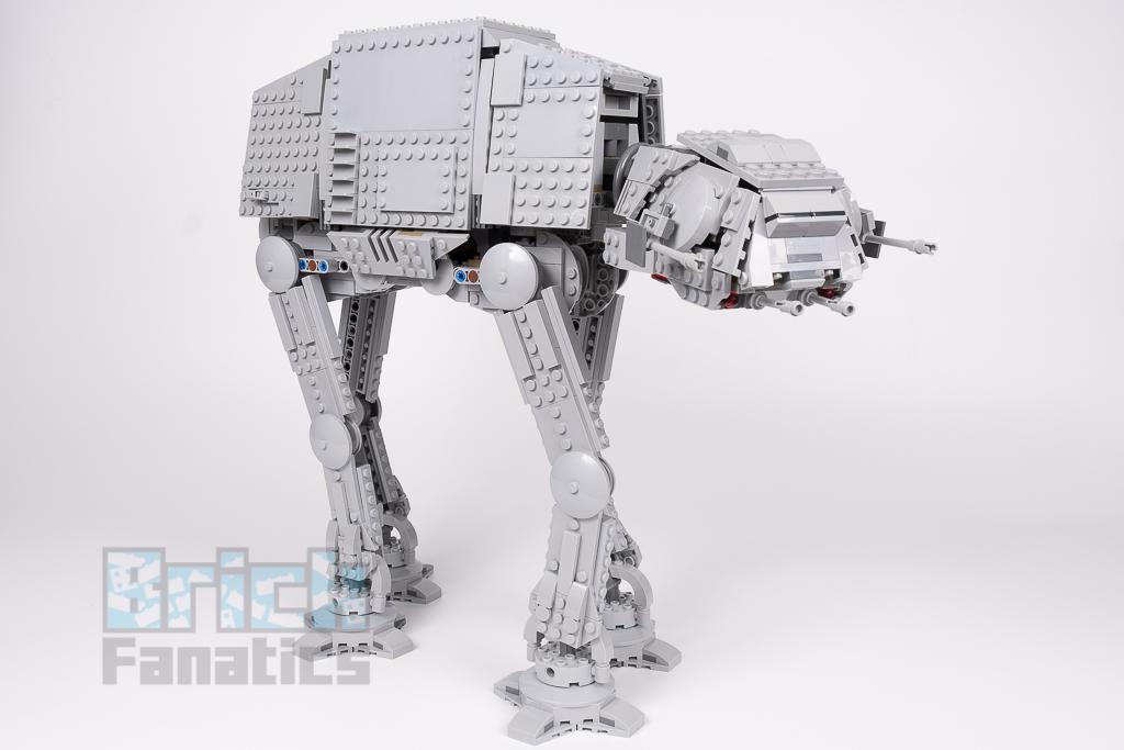 LEGO Star Wars 75288 AT AT 9