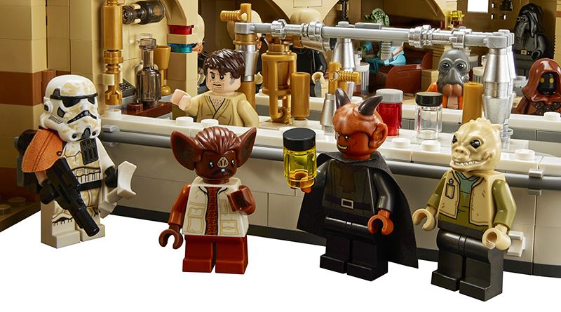 LEGO Star Wars 75290 Mos Eisley Cantina Featured 2