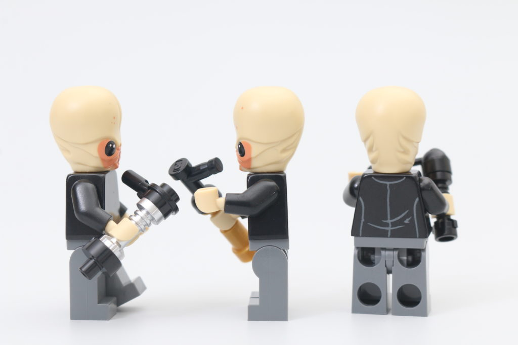 LEGO Star Wars 75290 Mos Eisley Cantina Review 10
