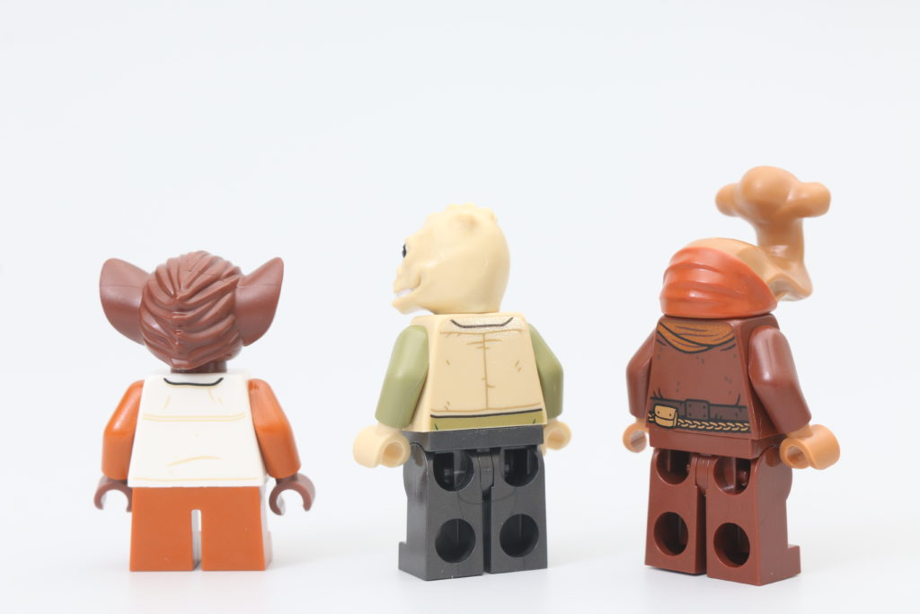 LEGO Star Wars 75290 Mos Eisley Cantina Review 12