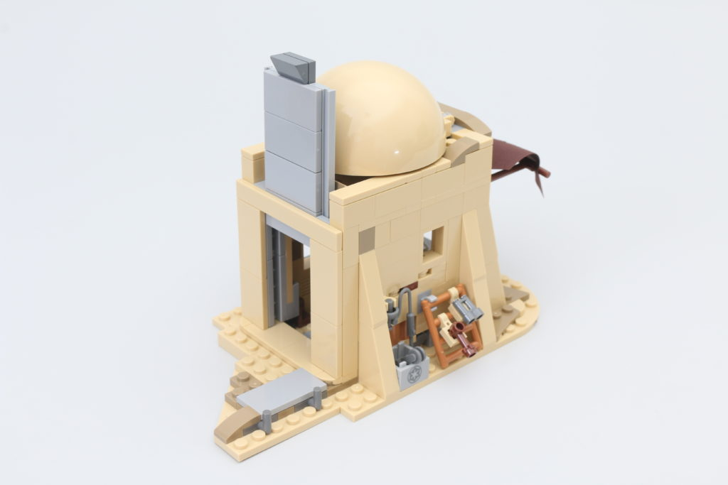 LEGO Star Wars 75290 Mos Eisley Cantina Review 19