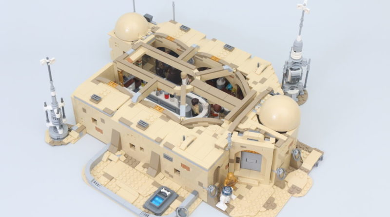 LEGO Star Wars 75290 Mos Eisley Cantina review 74