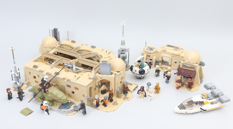LEGO Star Wars 75290 Mos Eisley Cantina Review Title 800x445