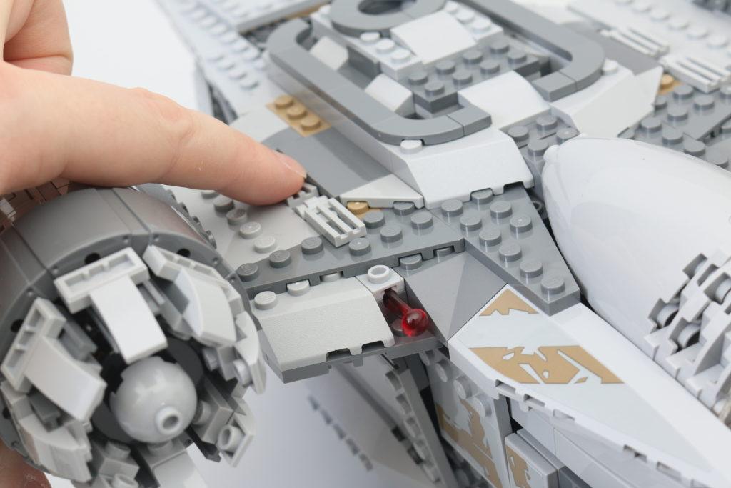 LEGO Star Wars 75292 The Mandalorian Bounty Hunter Transport The Razor Crest Review 19