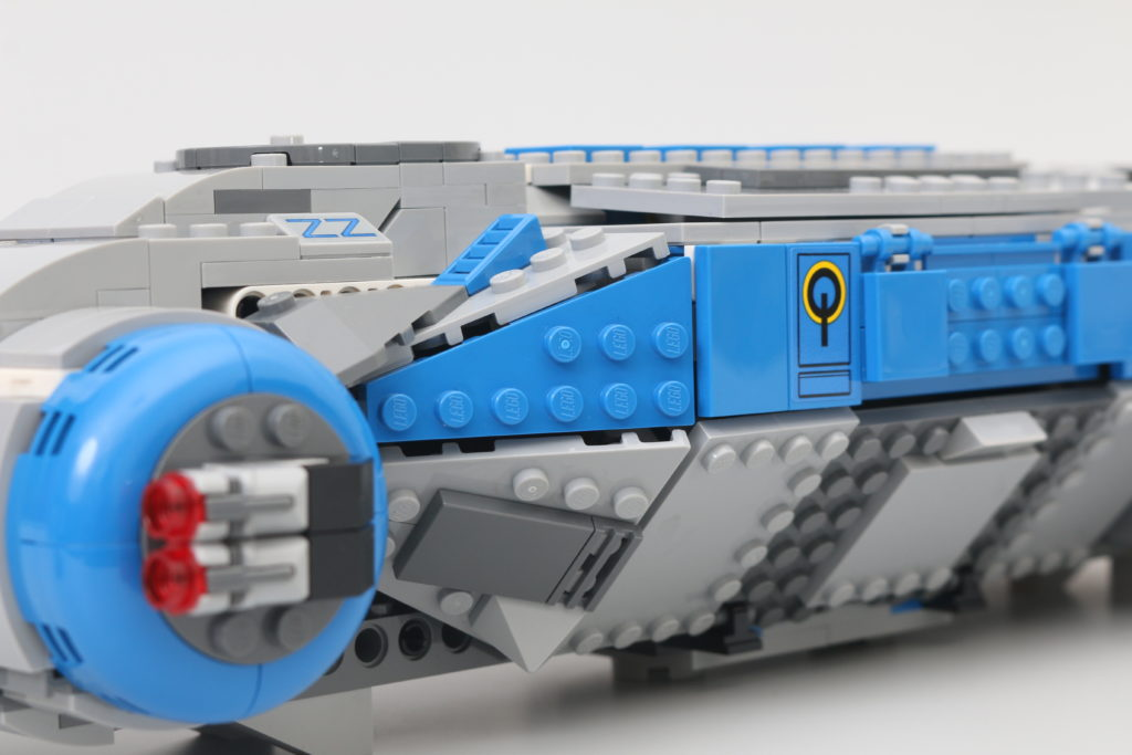 LEGO Star Wars 75293 Resistance I TS Transport Review 12