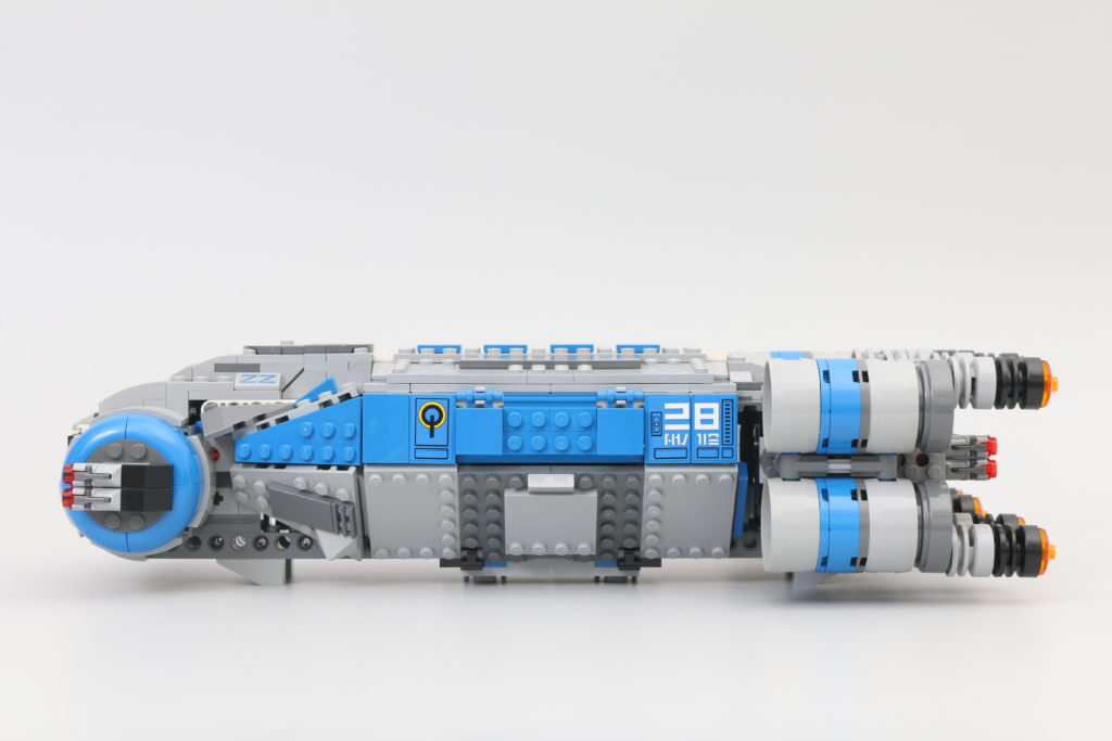 LEGO Star Wars 75293 Resistance I TS Transport Review 15
