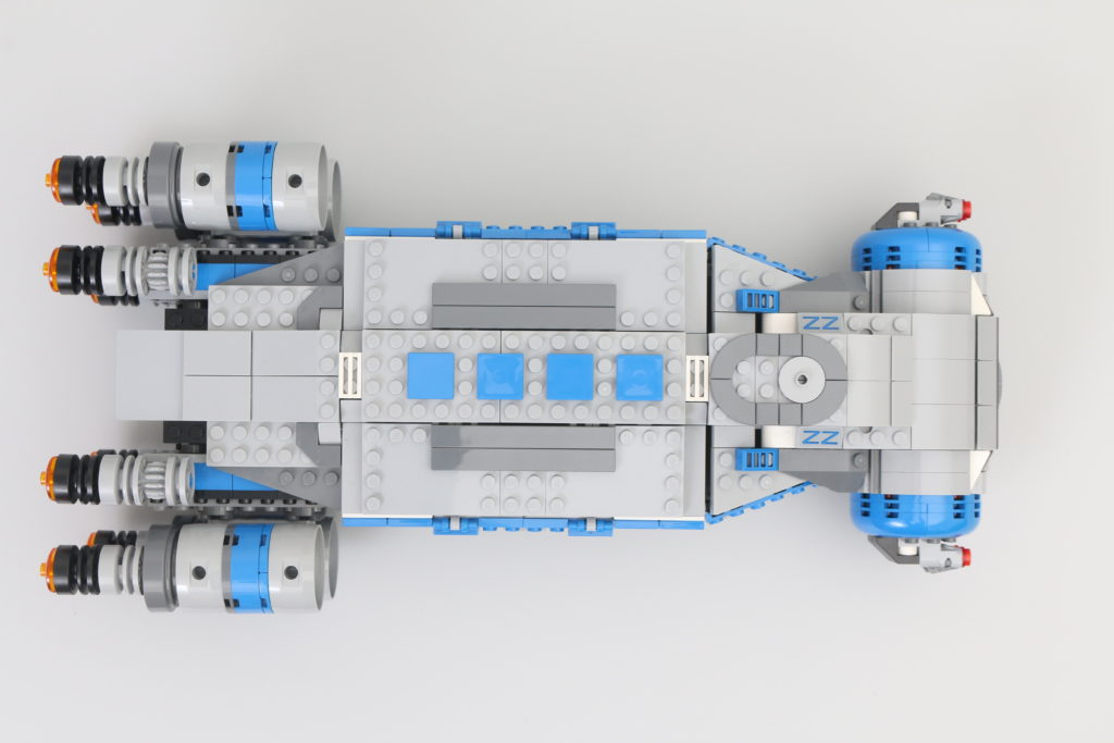 LEGO Star Wars 75293 Resistance I TS Transport Review 19