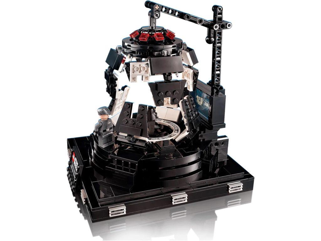 LEGO Star Wars 75296 Darth Vader Meditation Chamber 5
