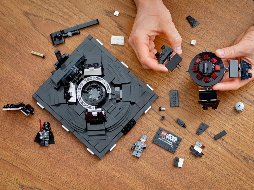 LEGO Star Wars 75296 Darth Vader Meditation Chamber 6