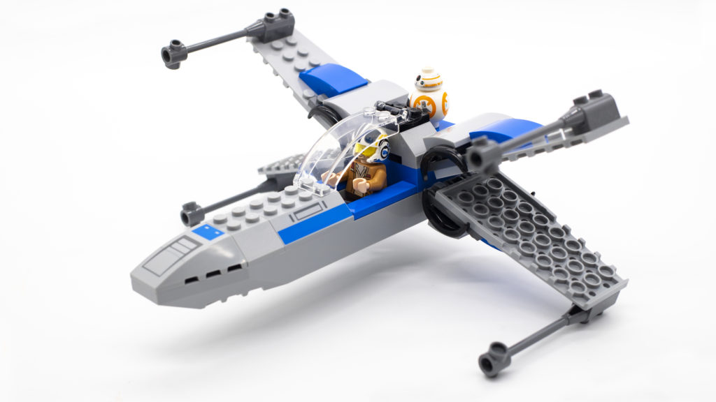 LEGO Star Wars 75297 Resistance X Wing 12