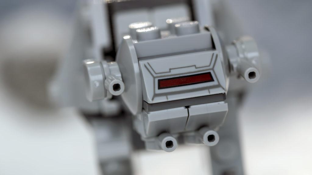 LEGO Star Wars 75298 AT AT Vs Tauntaun 10