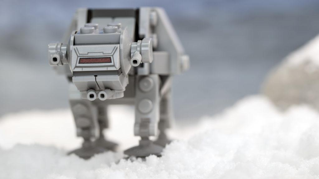 LEGO Star Wars 75298 AT AT Vs Tauntaun 18