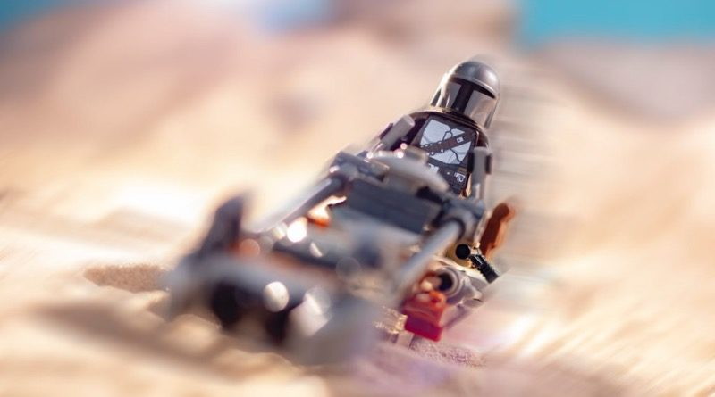 LEGO Star Wars 75299 Trouble On Tatooine Featured 2 800x445