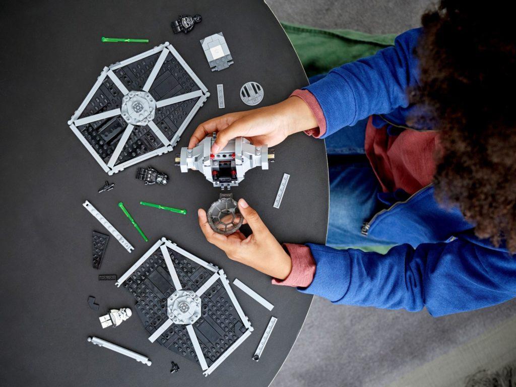 LEGO Star Wars 75300 Imperial TIE Fighter 3