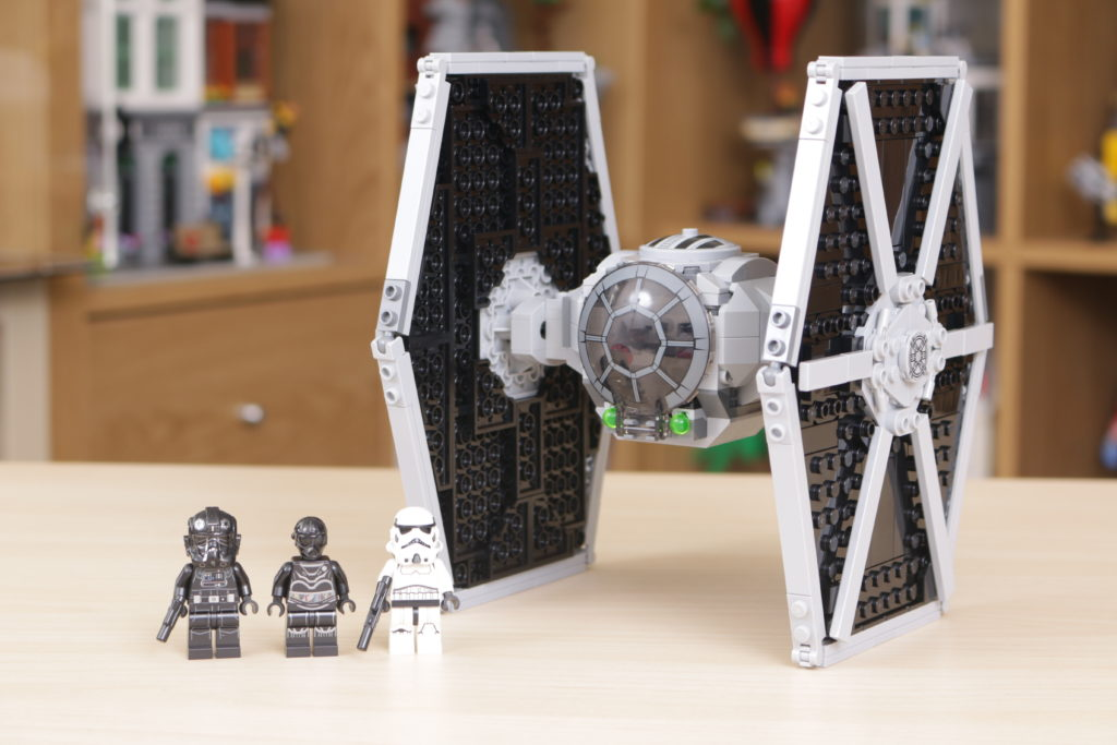 LEGO Star Wars 75300 Imperial TIE Fighter review 1