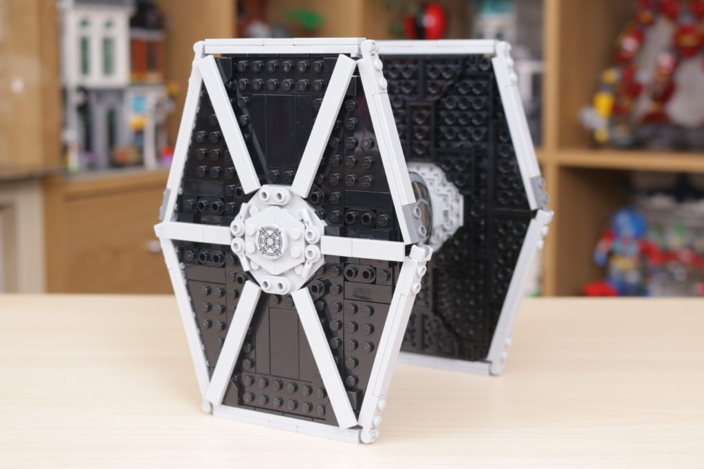 LEGO Star Wars 75300 Imperial TIE Fighter review 11