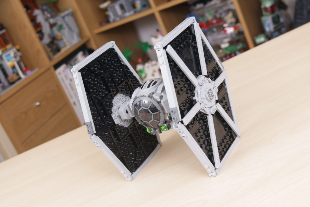 LEGO Star Wars 75300 Imperial TIE Fighter review 16