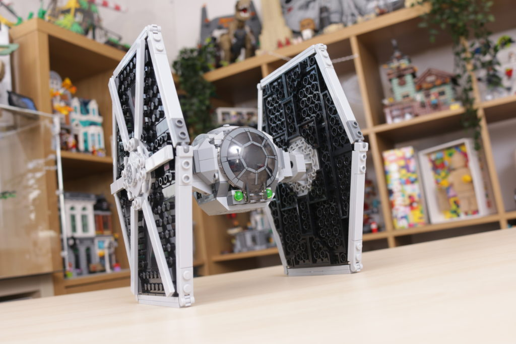 LEGO Star Wars 75300 Imperial TIE Fighter review 20