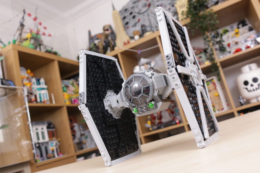 LEGO Star Wars 75300 Imperial TIE Fighter review 21