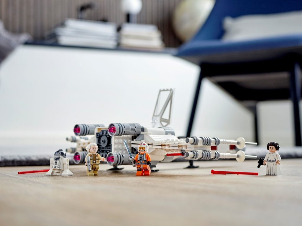 LEGO Star Wars 75301 Luke Skywalker X Wing Starfighter 5