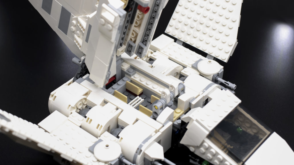 LEGO Star Wars 75302 Imperial Shuttle 19