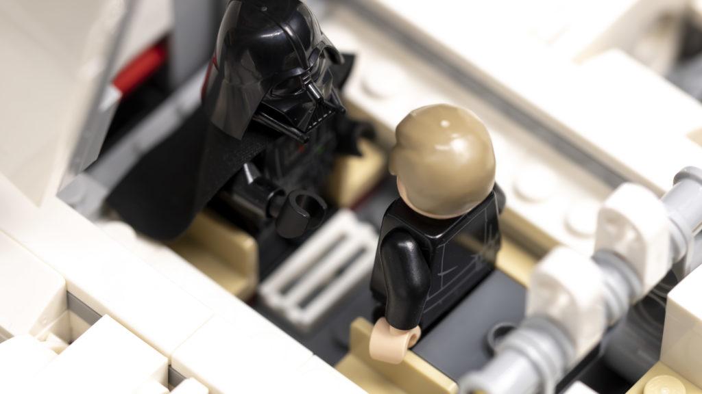 LEGO Star Wars 75302 Imperial Shuttle 22