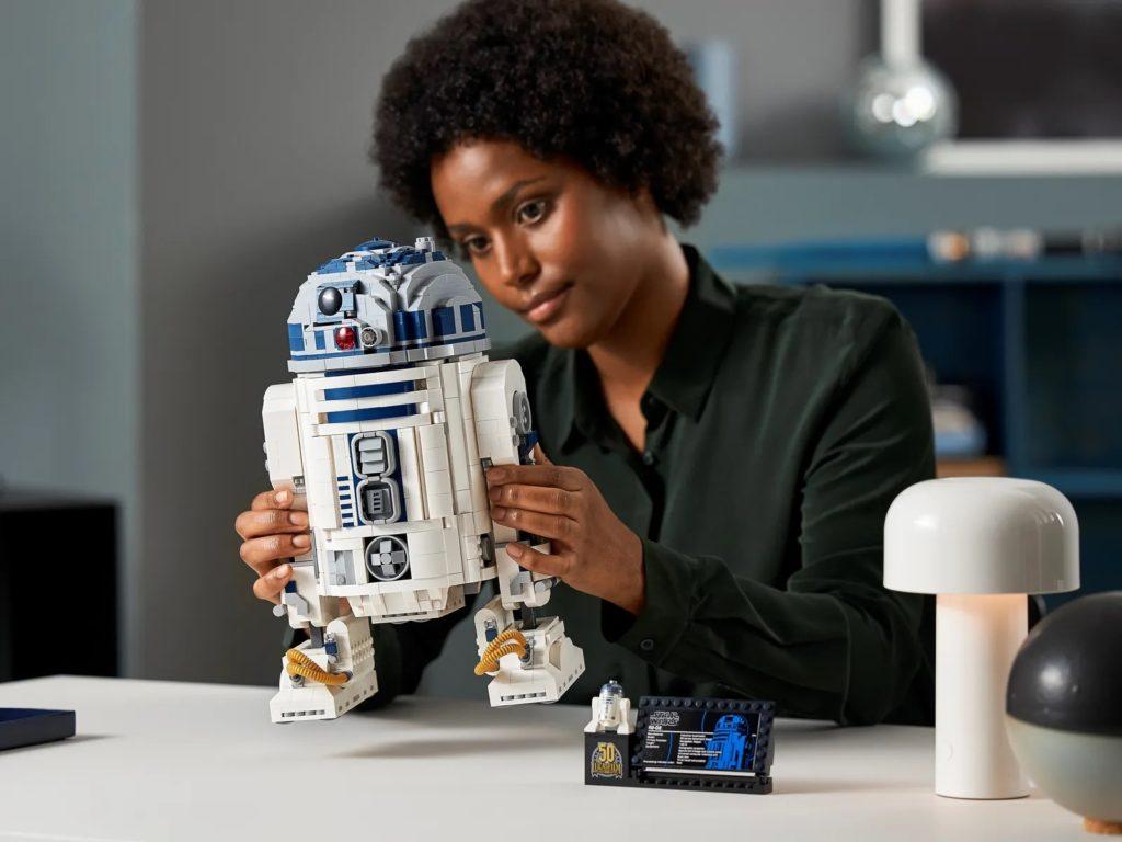 LEGO Star Wars 75308 R2 D2 21