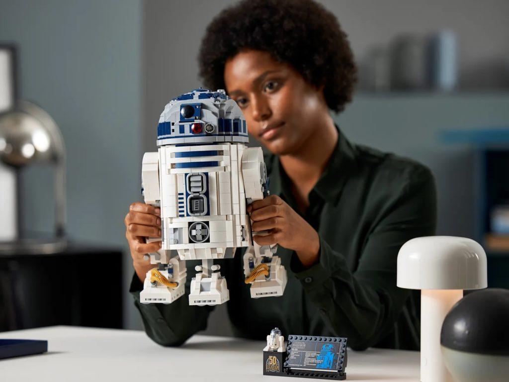 LEGO Star Wars 75308 R2 D2 22