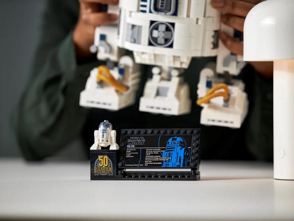 LEGO Star Wars 75308 R2 D2 23