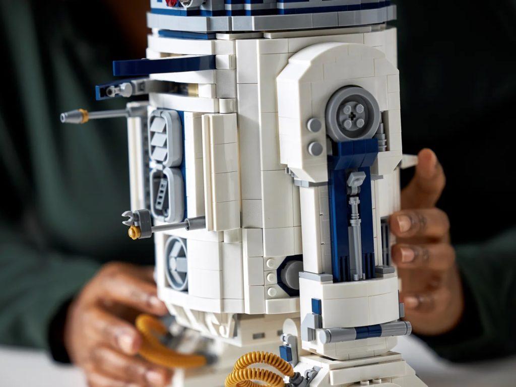 LEGO Star Wars 75308 R2 D2 26